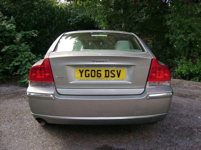 2006 Volvo S60 2.4 TD D5 SE 4dr image 4