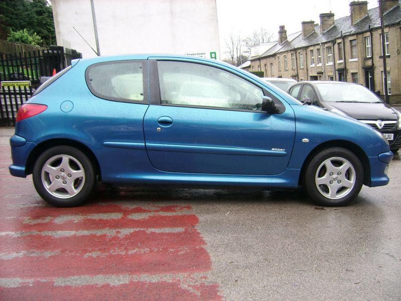 2005 Peugeot 206 1.1 8v Sport 3 image 3