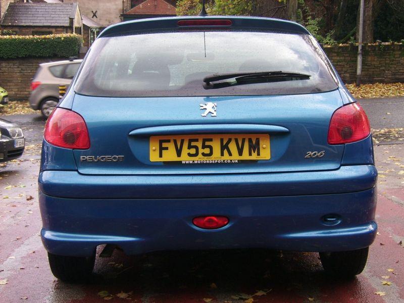 2005 Peugeot 206 1.1 8v Sport 3 image 4