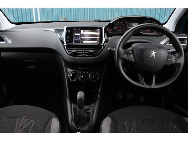 2012 Peugeot 208 1.2 VTi 82 Active image 4