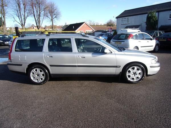 2001 Volvo V70 2.4 SE 5dr image 3
