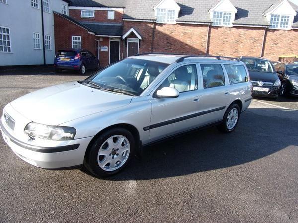2001 Volvo V70 2.4 SE 5dr image 5