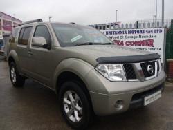 2009 Nissan Pathfinder image 1