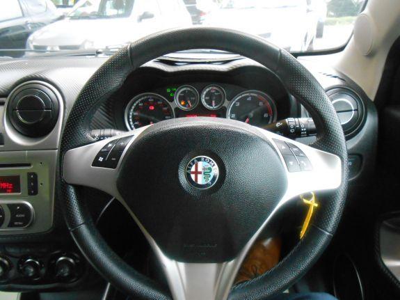2010 Alfa Romeo Mito 1.6 JTDM Veloce 3dr image 8
