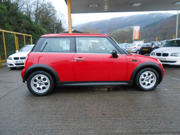 2005 MINI Hatch One 1.4 One D 3dr image 3