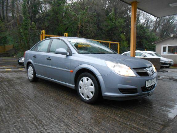 2008 Vauxhall Vectra 1.8 i VVT Life 5dr image 1