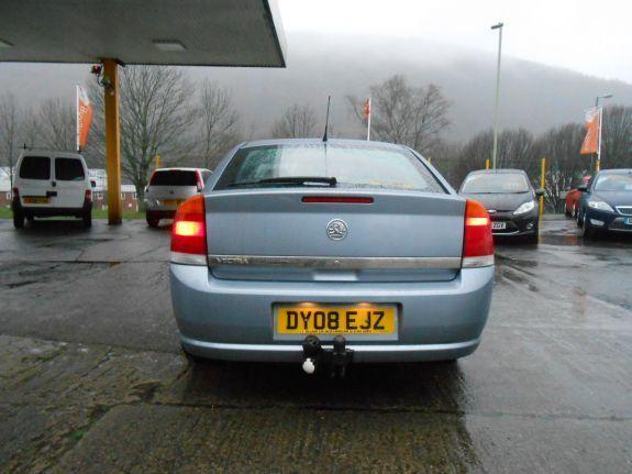 2008 Vauxhall Vectra 1.8 i VVT Life 5dr image 4