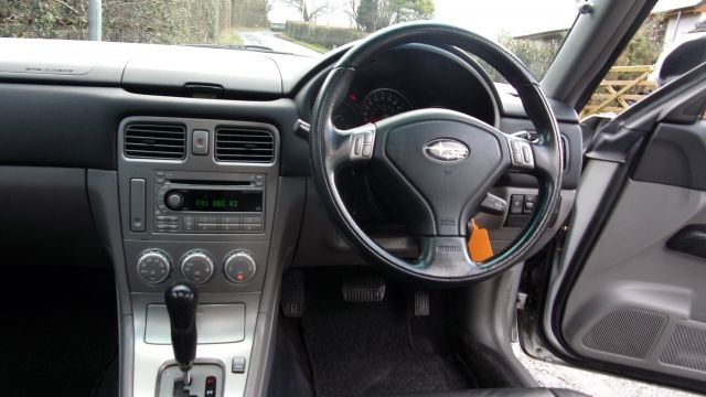 2006 SUBARU FORESTER 2.0 XE 5dr image 5