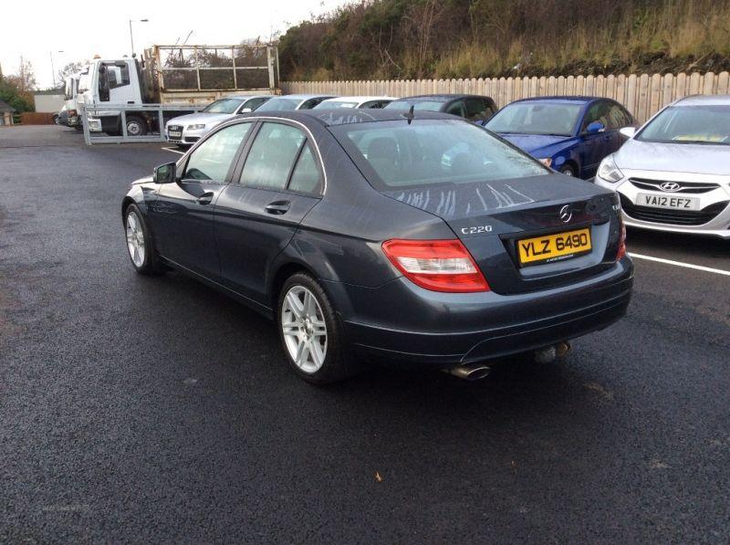 2009 Mercedes C-Class SE CDI A image 3