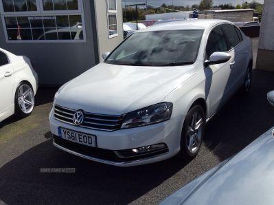 2012 Volkswagen Passat SE image 2