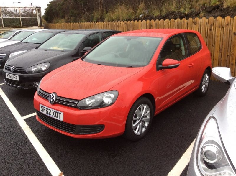 2012 Volkswagen Golf MATCH TDI image 1