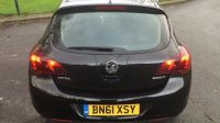 2011 VAUXHALL ASTRA 1.6 SE CDTI 5dr image 4