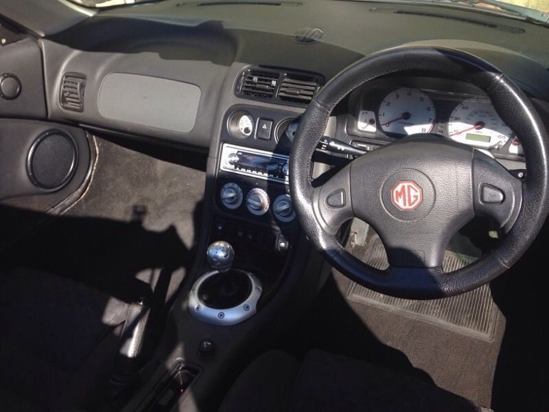 2001 MG TF Convertible image 6
