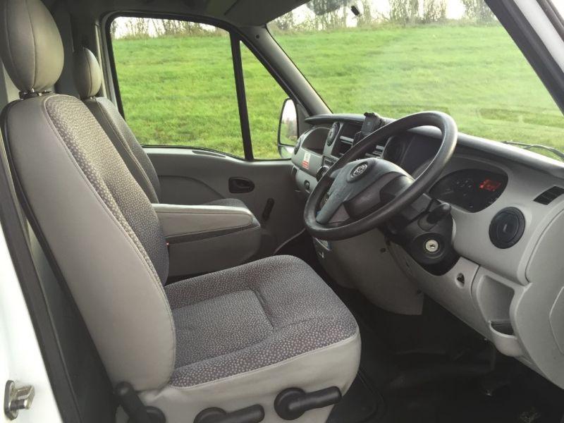 2009 Vauxhall Movano 3500 2.5 CDTi image 6