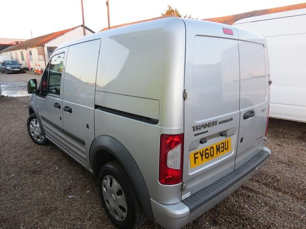 2010 Ford Transit Connect TDCi image 4