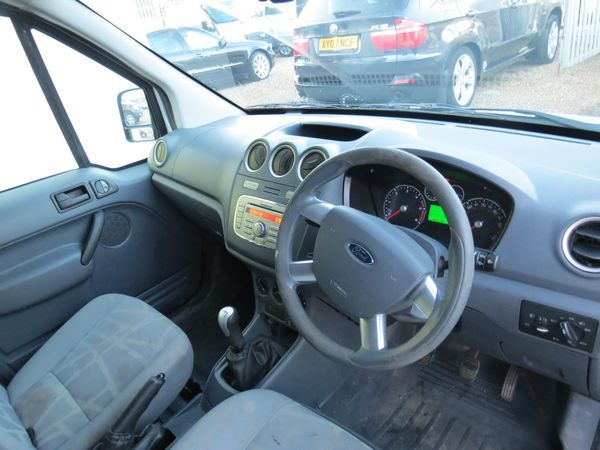 2010 Ford Transit Connect TDCi image 5