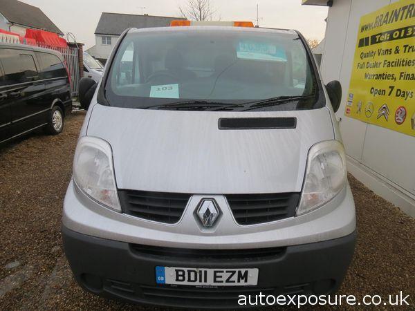 2011 Renault Trafic 2.0 image 2