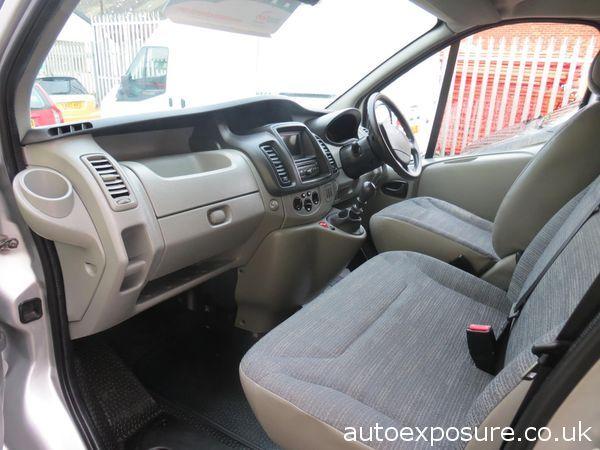 2011 Renault Trafic 2.0 image 7
