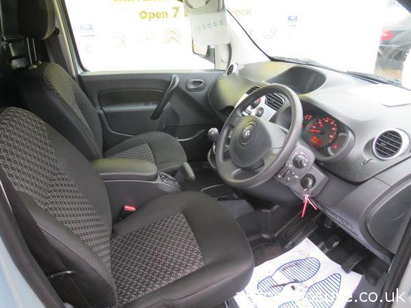 2012 Renault Kangoo MAXI LL21dCi image 4