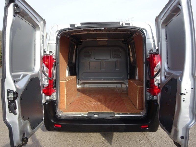 Fiat Scudo Comfort Swb Multijet 120 image 8