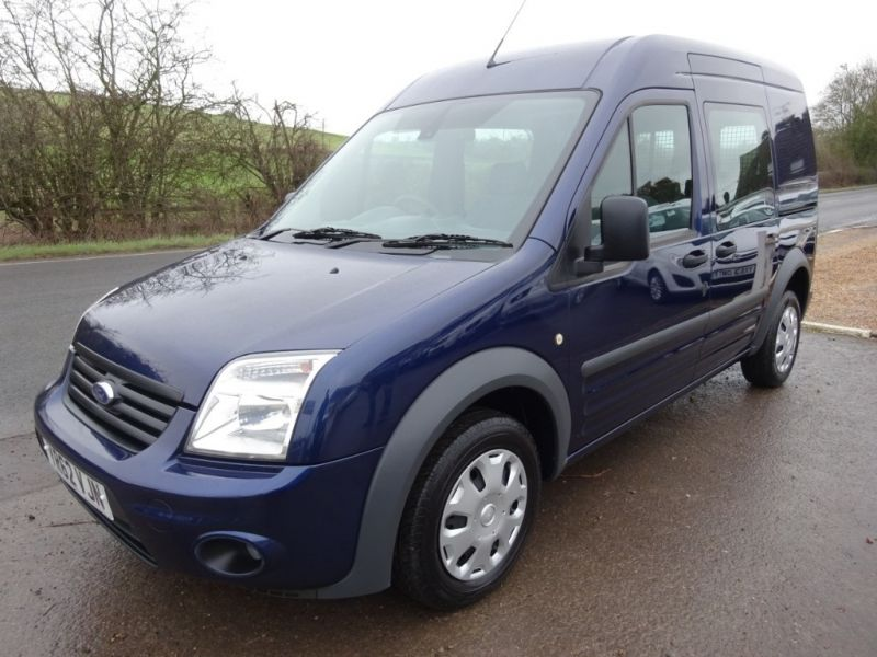 2012 Ford Transit Connect T230 Trend Hr Dcb image 1