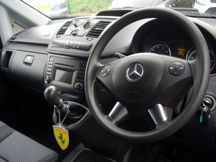 2012 Mercedes-Benz Vito 113 Cdi image 7