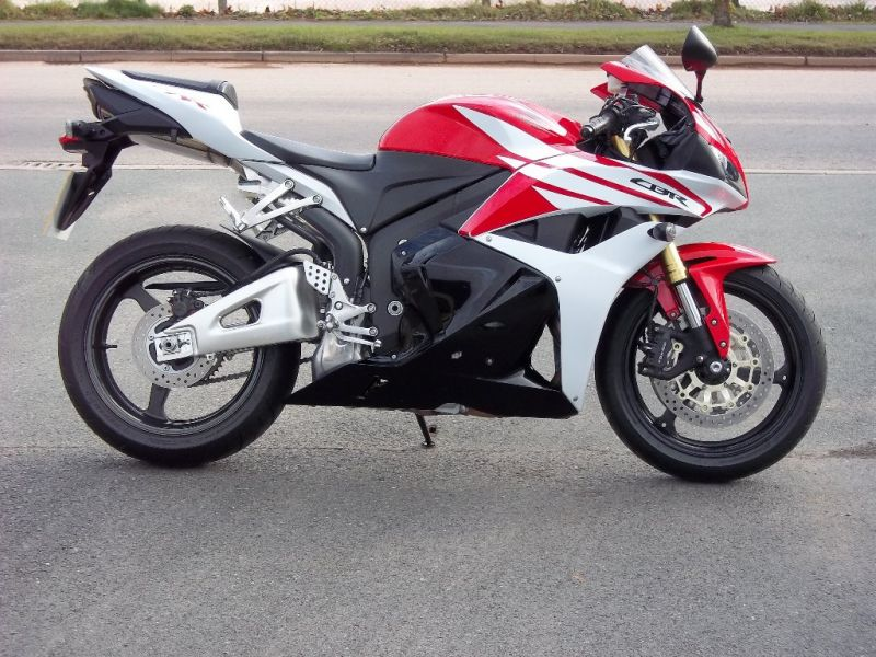 2013 Honda CBR600 RR 600 RR-C image 1
