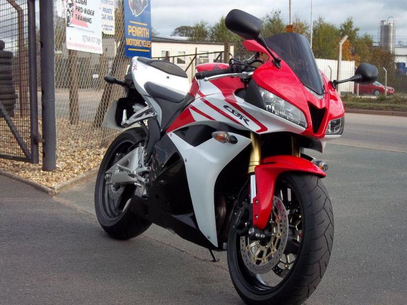 2013 Honda CBR600 RR 600 RR-C image 3