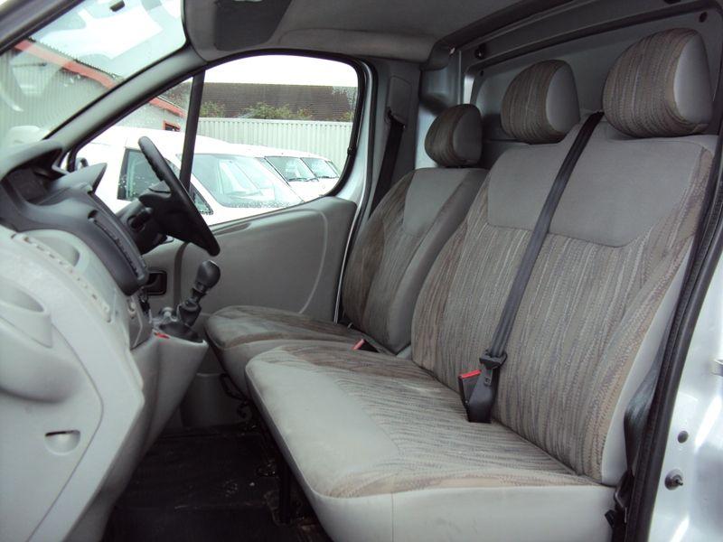 2012 Nissan Primastar 2.0dCI image 8