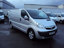 2011 Vauxhall Vivaro 2.0CDTi image 2