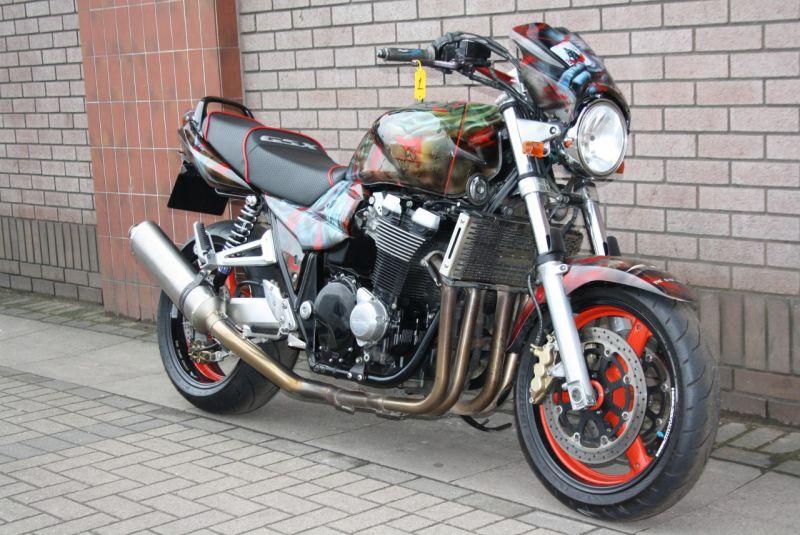 2002 Suzuki GSX 1400 K2 image 2