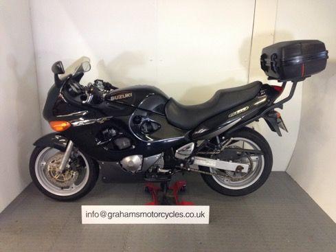 2003 Suzuki GSX600F image 2
