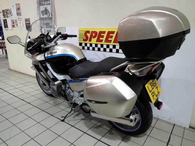 2012 YAMAHA FJR 1300 A image 6