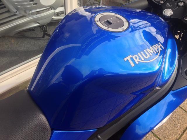 2011 Triumph Sprint ST 1050 image 10