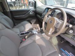 2013 Nissan Navara Tekna Connect 2.5DCi 4x4 image 6