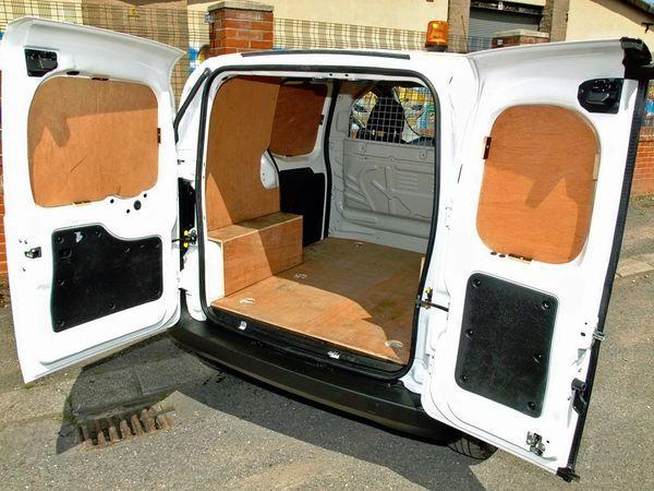 2012 Peugeot Bipper Professional HDi image 4