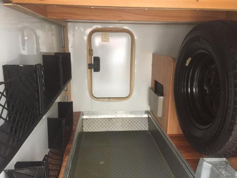 2010 Ford Transit Hymer Eriba Van 562 Silverline image 10
