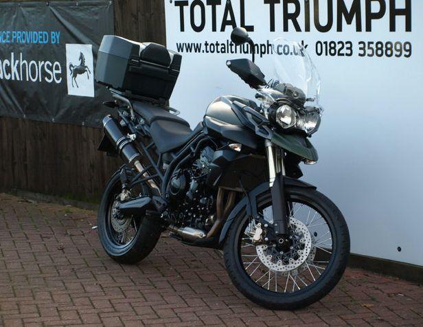 2013 Triumph Tiger image 2