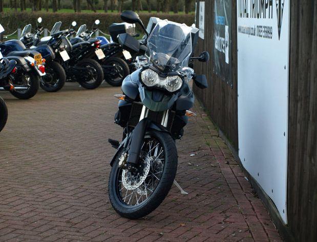 2013 Triumph Tiger image 3
