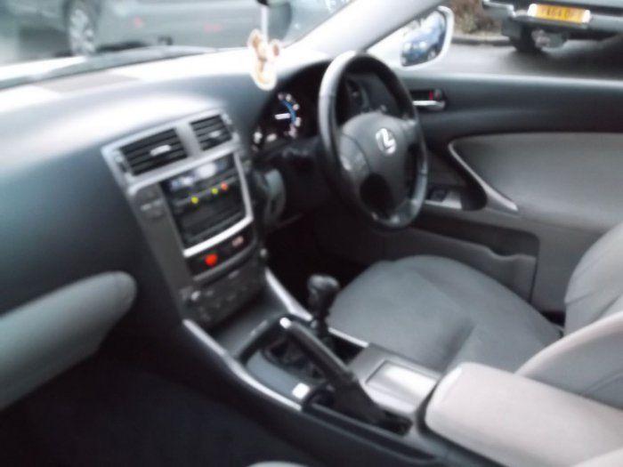 2007 Lexus IS 2.2 220d 4dr image 6