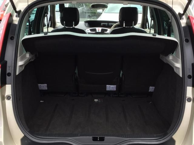 2010 RENAULT SCENIC 1.5 DCI 5DR image 4