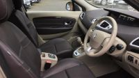 2010 RENAULT SCENIC 1.5 DCI 5DR image 5