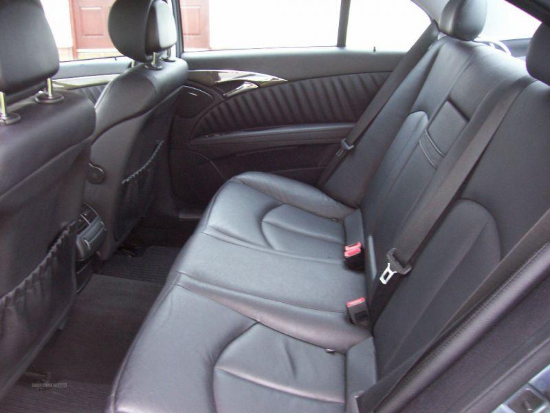 2007 Mercedes E-Class CDI 3.0 image 9