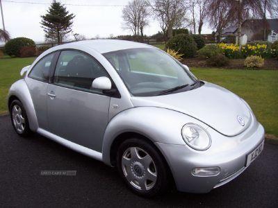 2002 Volkswagen Beetle 2.0 image 1
