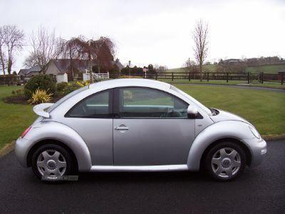 2002 Volkswagen Beetle 2.0 image 2