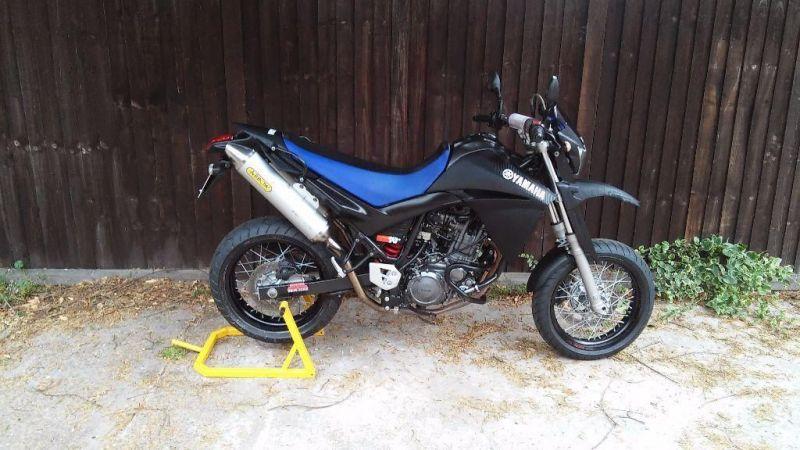 2005 Yamaha XT660X Supermoto image 1
