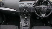 2013 Mazda3 Tamura image 6