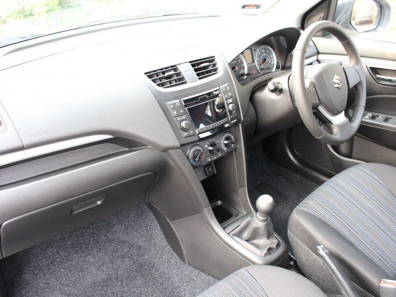 2015 Suzuki Swift SZ3 image 5