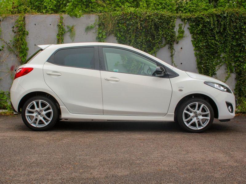 2013 Mazda2 Venture Edition image 3