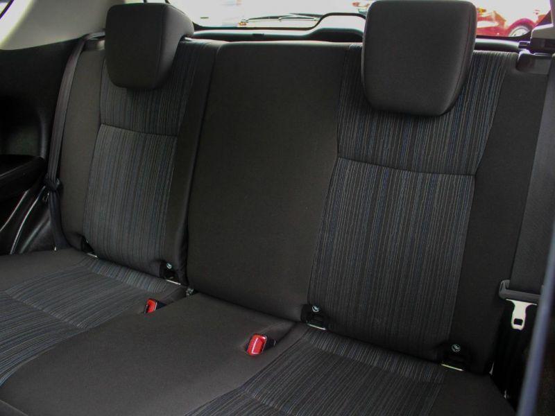 2013 Suzuki Swift SZ4 image 7